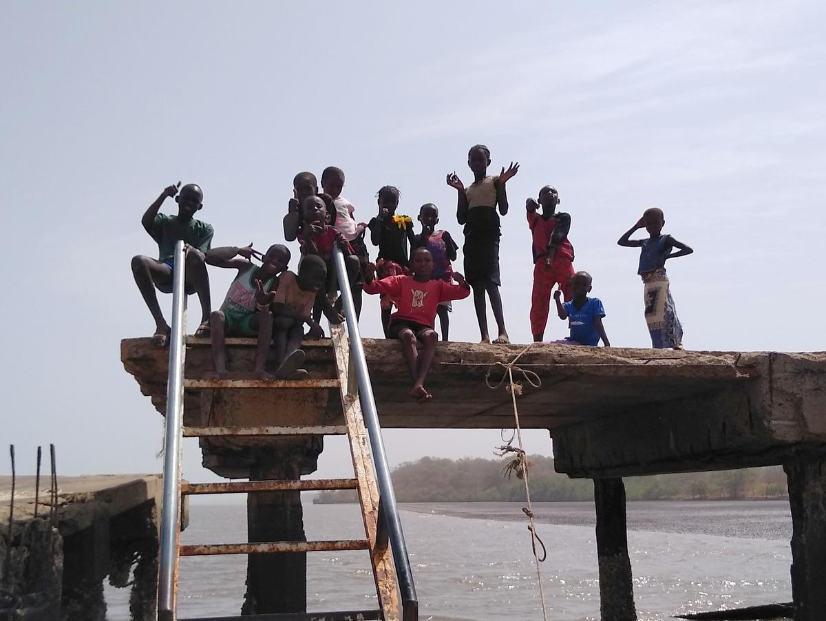 Begrüßungskomitee in Tendeba