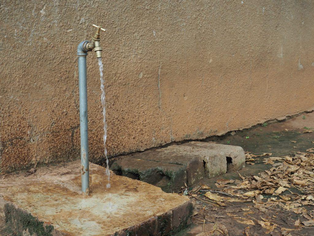 Gambia Erfahrungen - Wasserhahn