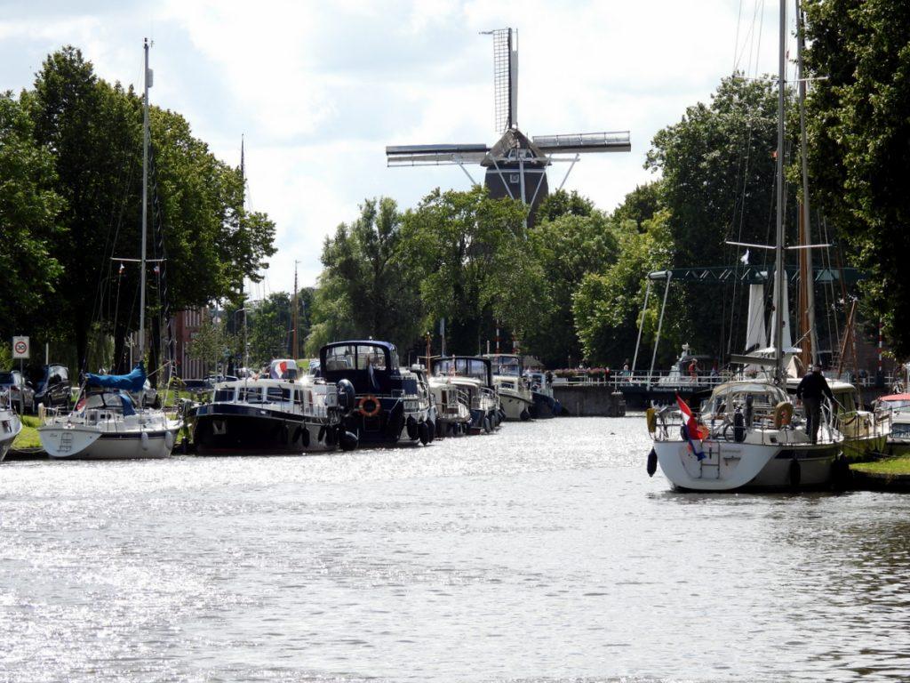 Windmühle am Kanal
